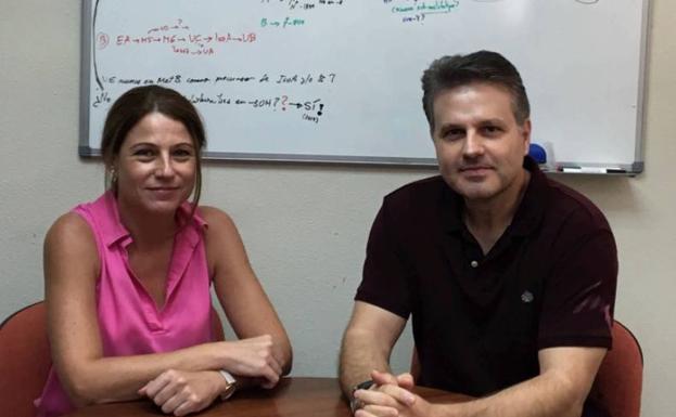 Dos investigadores participantes en el proyecto del CEBAS-CSIC